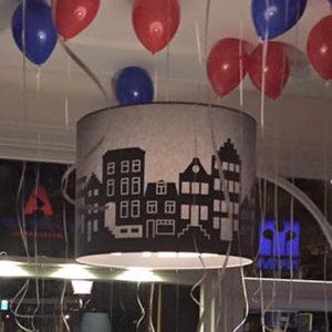 Lamp Grachtenhuizen Amsterdam_op feest