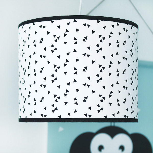 Lamp basic Triangel op Wit_Bi & Li Creaties_01