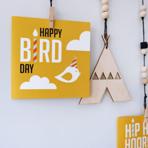 Wenskaart Happy Bird day oker geel ANNIdesign 01