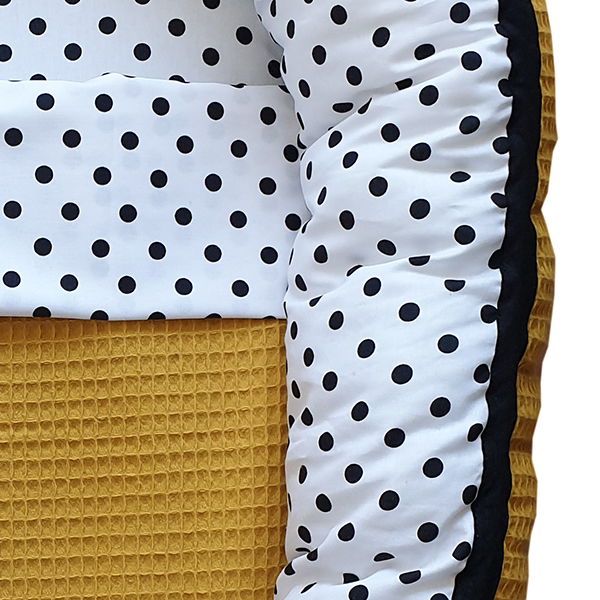 Babynestje compleet Stip op wit Wafelstof oker geel ANNIdesign 02