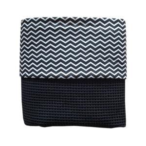Ledikantdeken babykamer wafelstof_zigzag zwart_ANNIdesign_zwart