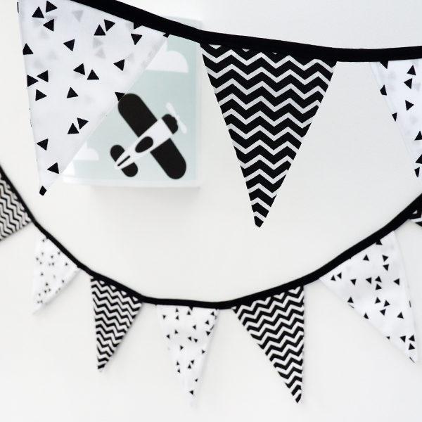 Slinger stof triangel zwart zigzag zwart ANNIdesign 01