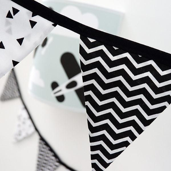 Slinger stof triangel zwart zigzag zwart ANNIdesign 02