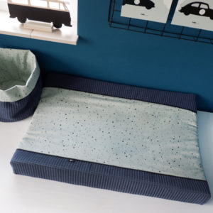 Aankleedhoes Confetti old green_Wafelstof donker oud blauw_ANNIdesign_01