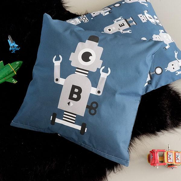 Kussen Robot donker blauw met grijs ANNIdesign 01