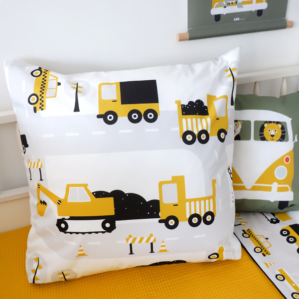 Kussen XL Voertuigen ANNIdesign oker geel 04