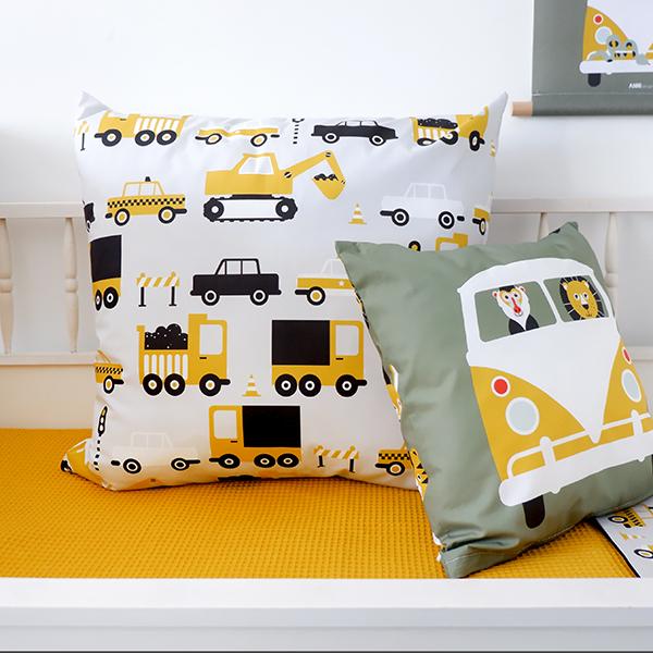 Kussen XL Voertuigen ANNIdesign oker geel 05