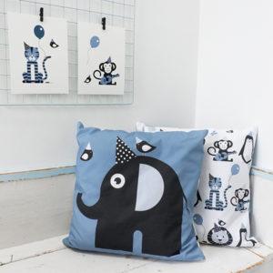 Kussen Olifant Feestbeest jeans blauw ANNIdesign 01