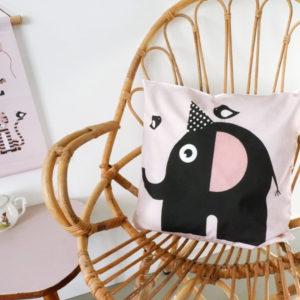 Kussen Olifant Feestbeest oud roze ANNIdesign 01