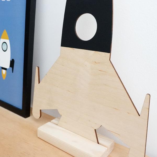 Houten Raket decoratie met staander ANNIdesign 02