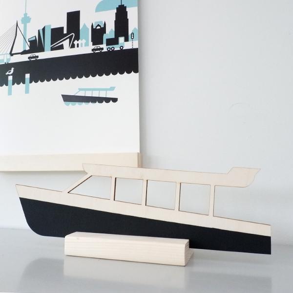 Houten Watertaxi Rotterdam decoratie met staander ANNIdesign 01