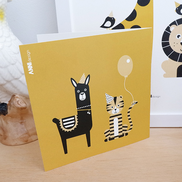 Wenskaart Feestbeest Birthday Aap oker geel 03