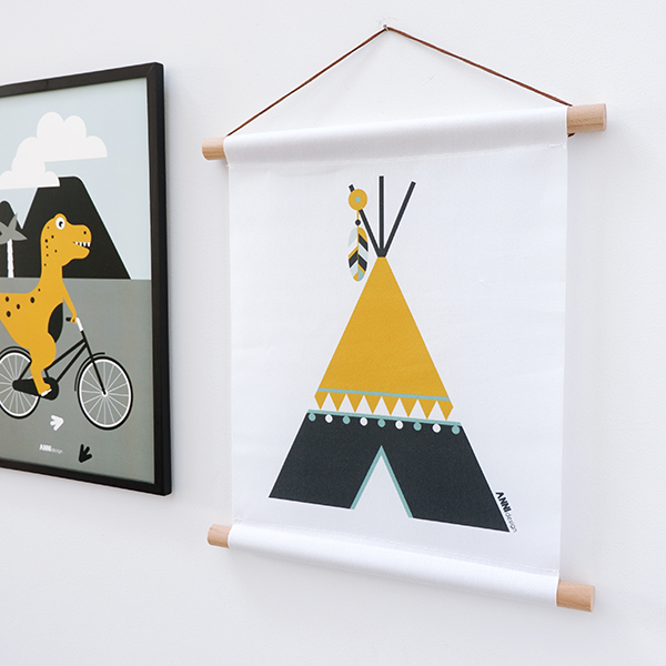 Textielposter Indiaan Tipi oker geel ANNIdesign 01