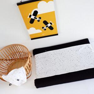 Aankleedhoes Confetti op wit_Wafelstof zwart_ANNIdesign_01