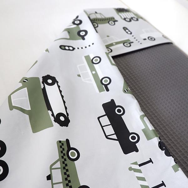 Ledikantdeken Voertuigen olijf groen_Wafelstof donkergrijs ANNIdesign 02