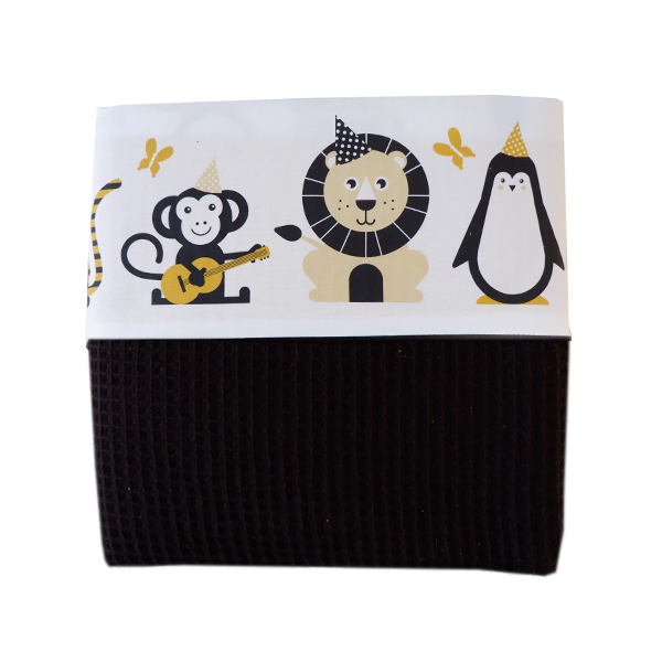 Ledikantdeken Feestbeesten oker geel_Wafelstof zwart ANNIdesign_03