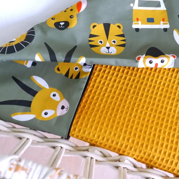 Wiegdeken Safari olijf groen Wafelstof oker geel ANNIdesign 03
