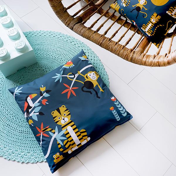Kussen XL Jungle ANNIdesign donker blauw 03